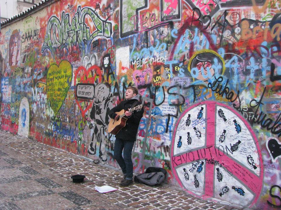 John Lennon Duvarı