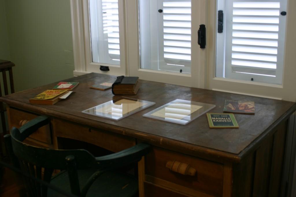 Muze-Çalışma-Masası