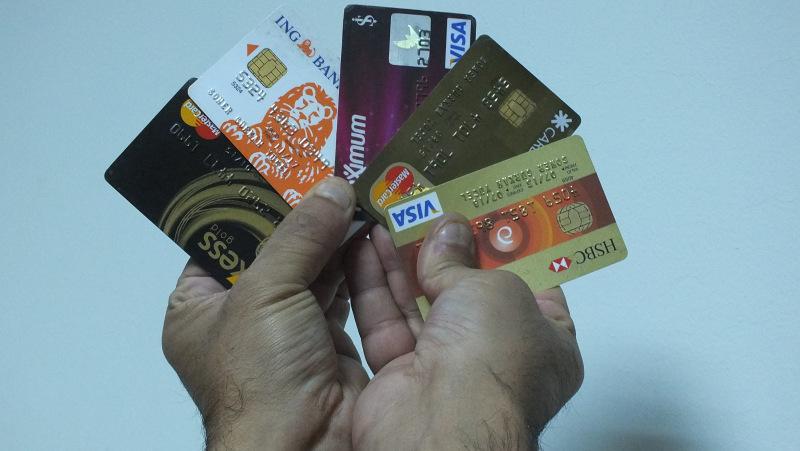 Özellikle Kredi Kartı Harcamalarında Çok Dikkatli Olun Paranızı İdareli Kullanın !