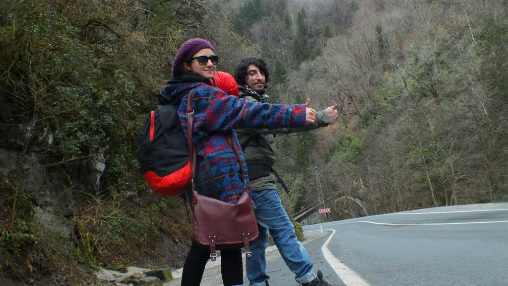 Bayanların Tek Başına Seyahat Etmeleri Risk Taşır.. Güvenilir Erkek Seyahat Arkadaşı Tercih Sebebiniz Olsun !