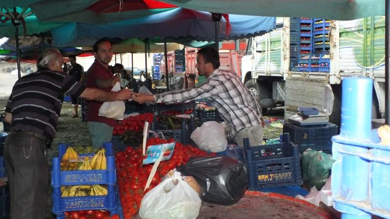 Pazar Yerlerinde Ucuz Alışveriş Yapabilir Her Türlü Ürünü Çeşidini Rahatlıkla Bulabilirsiniz
