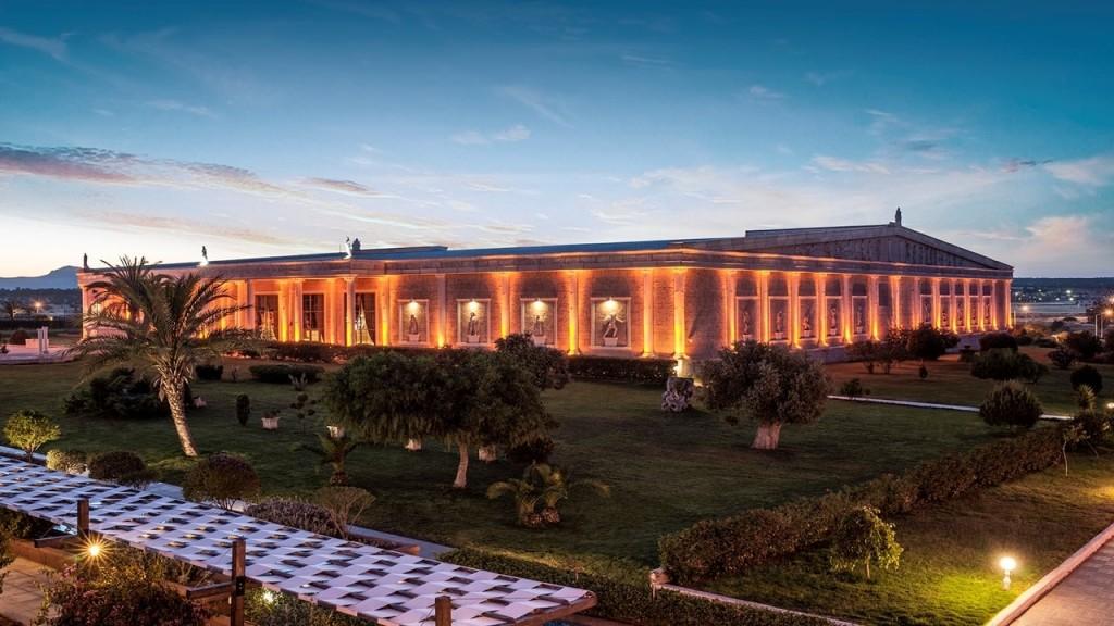 Kaya Artemis Resort Gece
