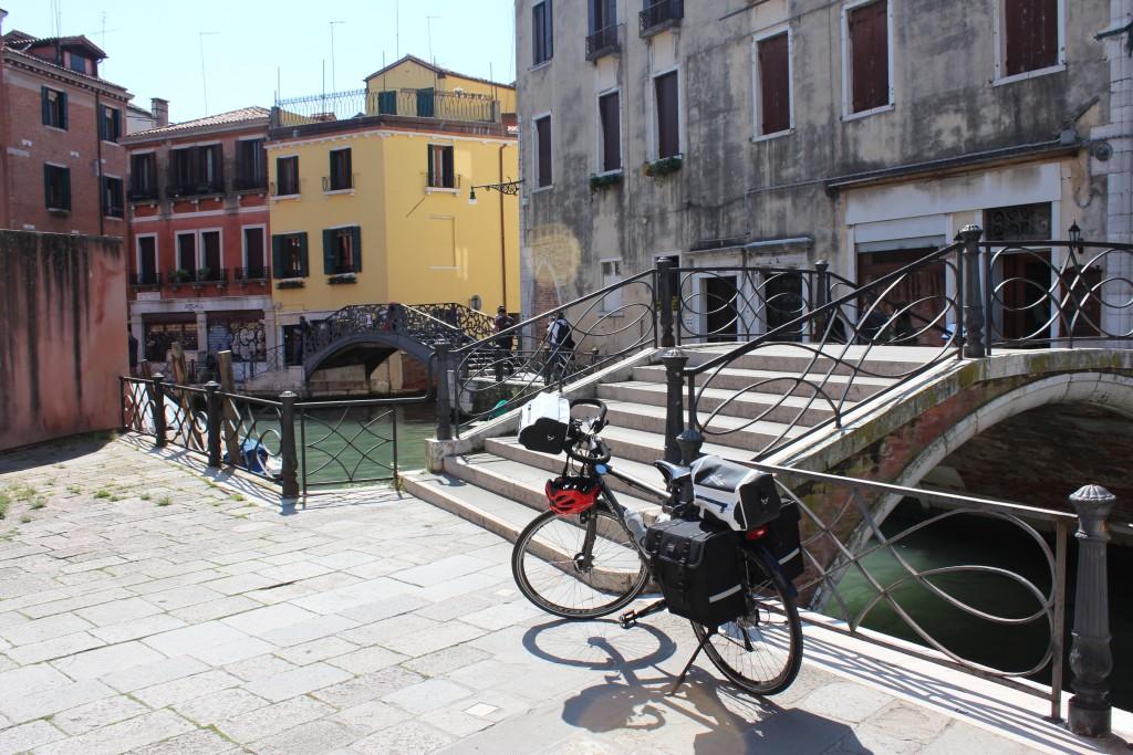 Venedik'te Bisiklet Keyfi