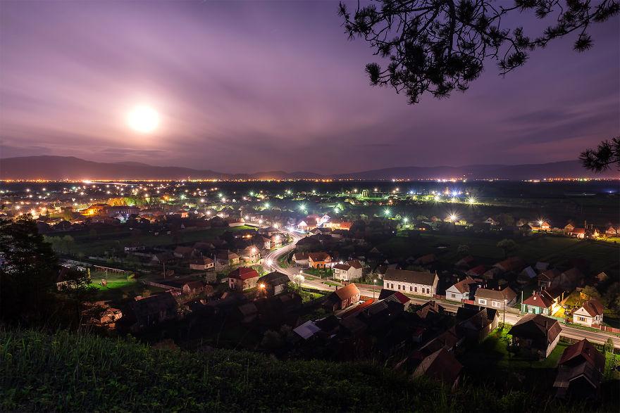 Ay Işığı Altında Lazarea