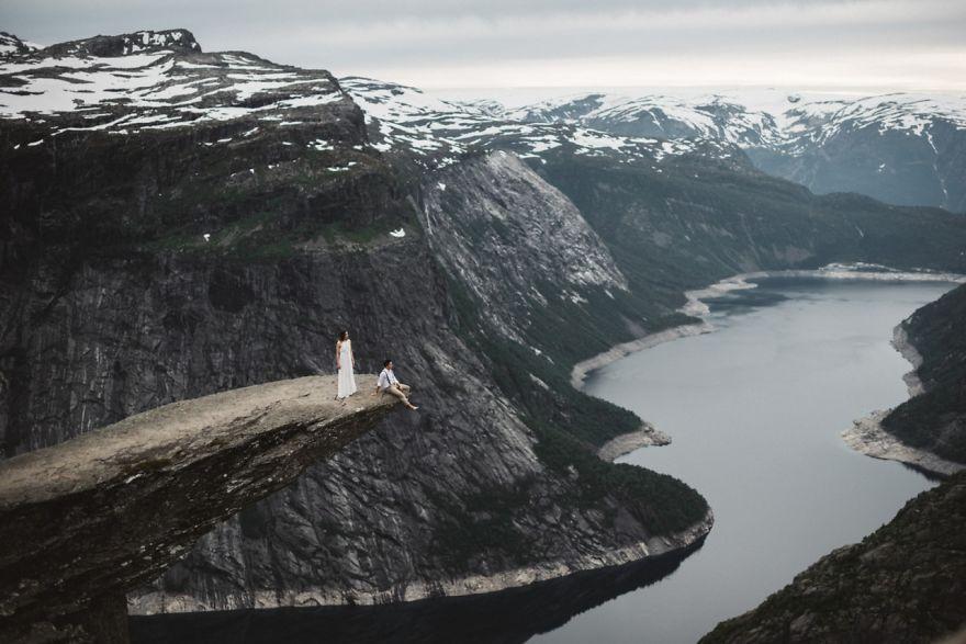 Trolltunga , Norveç