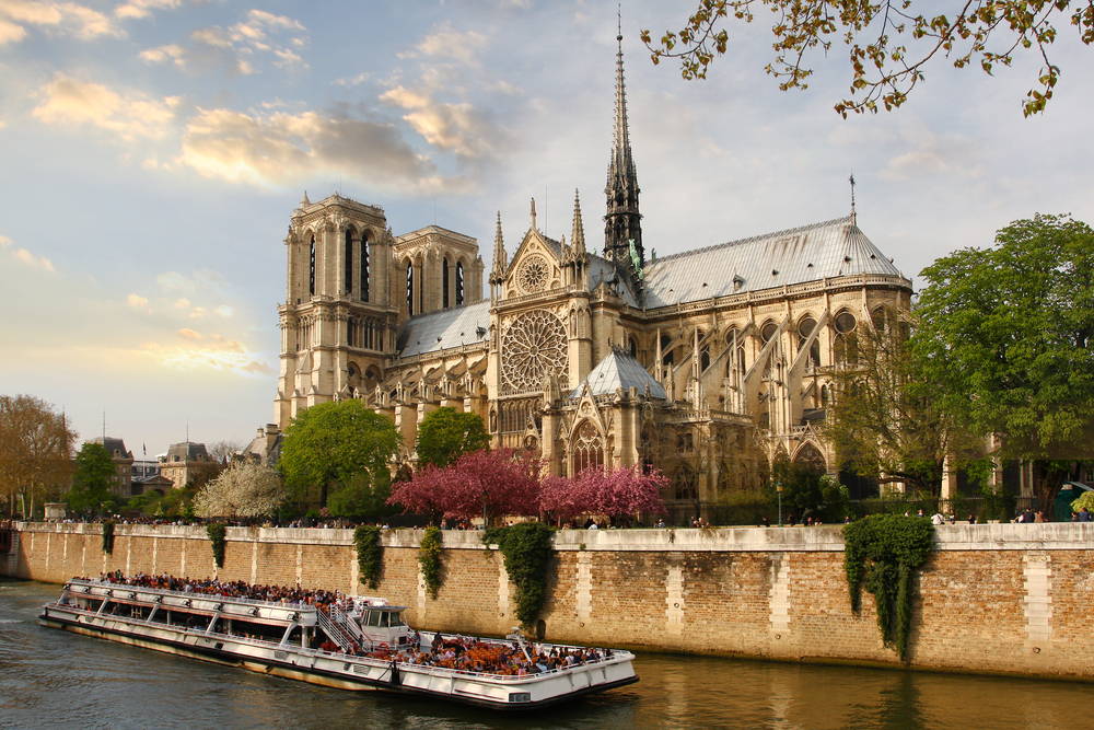 Notre Dame Kilisesi
