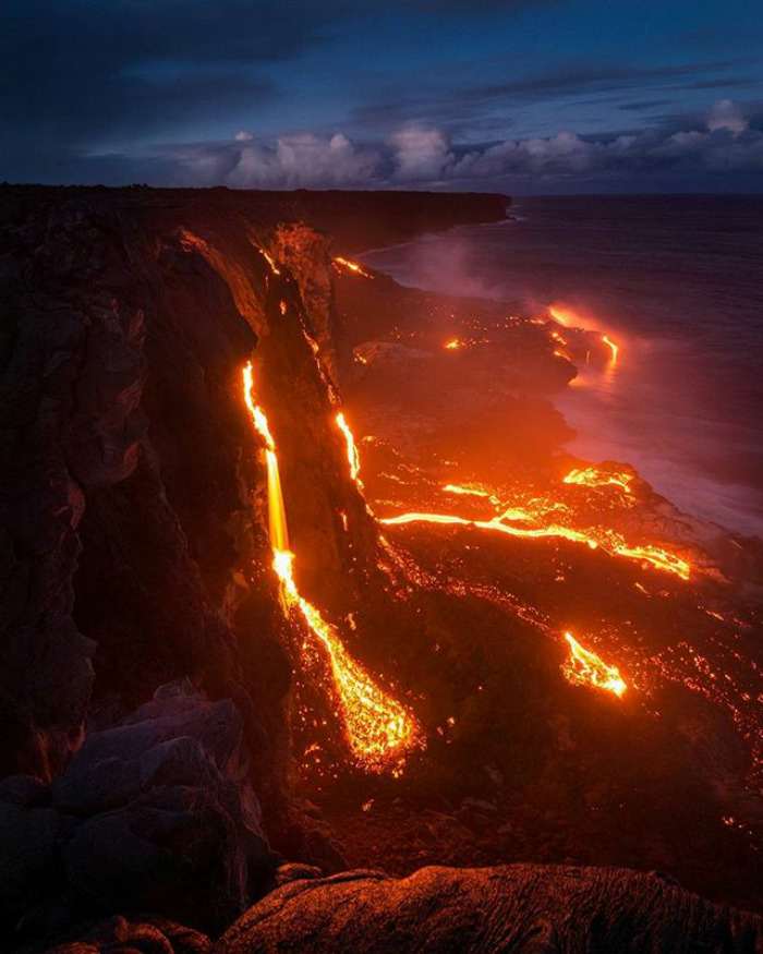 Hawaii, Big Island Lavafall