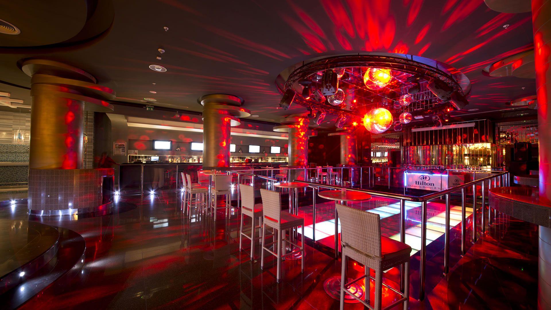 Hilton Dalaman Sarigerme Red Bar